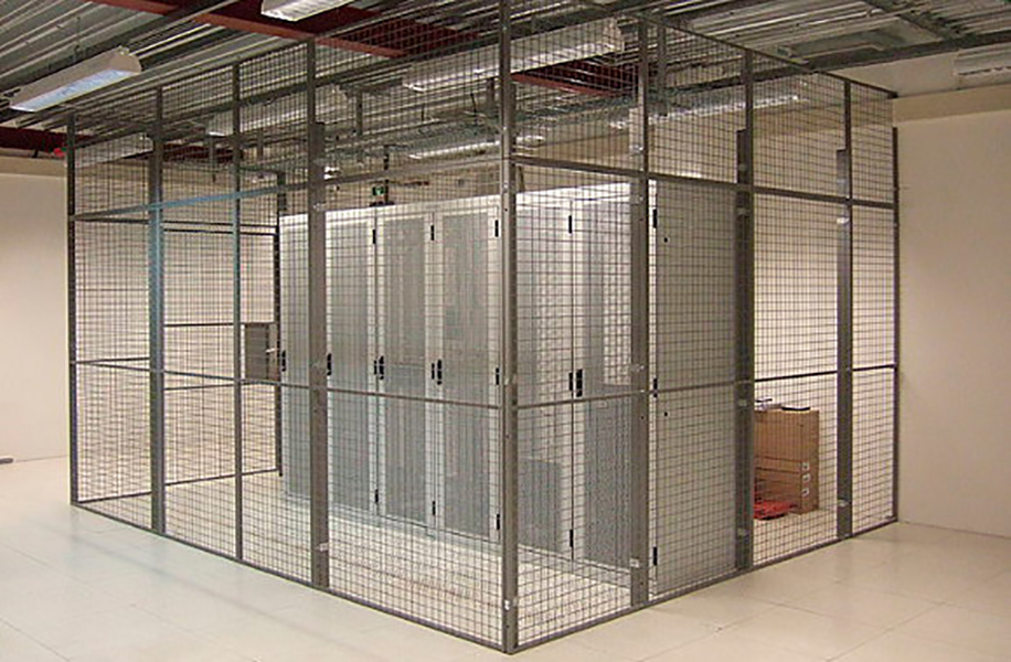 datacentre-steel-mesh-cages-02