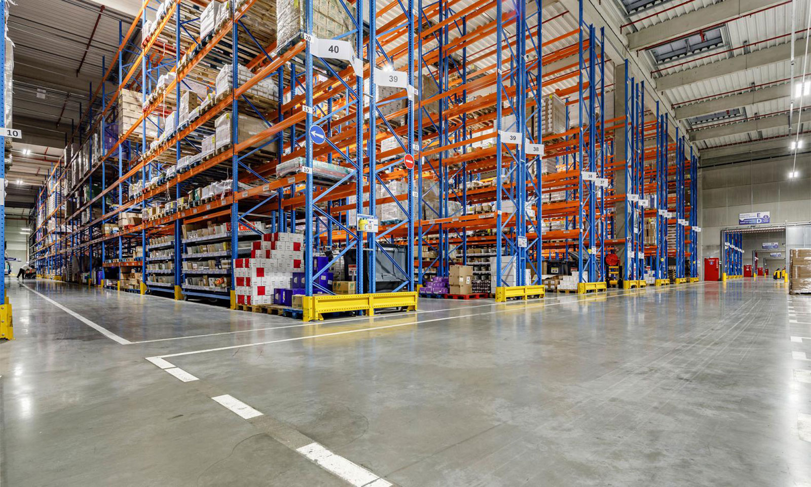 conventional-pallet-racking-banner